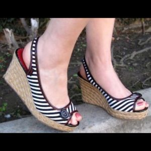 "Sugar ""Dreamer"" black/white striped wedge size 7"
